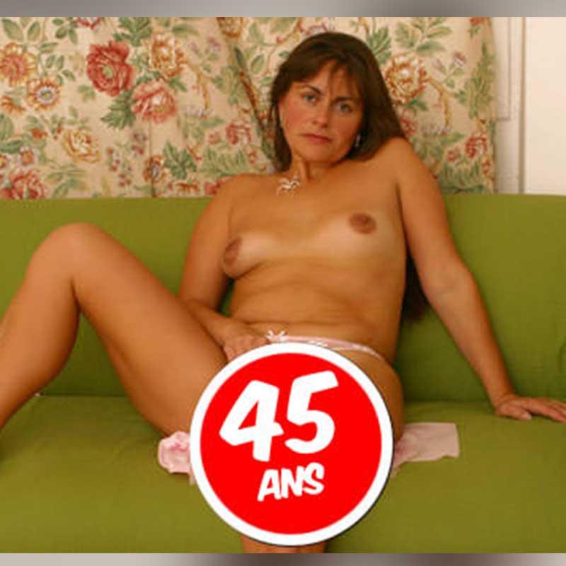 Téléphone rose Samantha - Telephone-femmes-mature.com